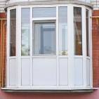 osteklenie_balkonov_plastikovimi_oknami