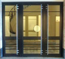 выставки металлических дверей со стеклопакетами